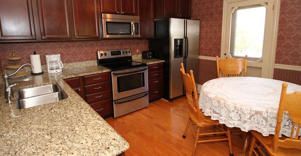 Columbia House Cape May guest house with kitchenette